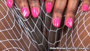 British milf Bounty finger fucks her pink pussy