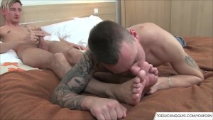 Young Twinks Bare Foot Loving