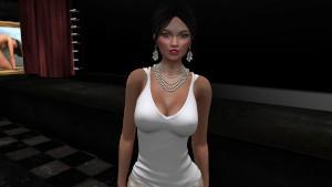 Aude très sexy en tee shirt blanc débardeur et mini jupe - virtuelsexe.fr