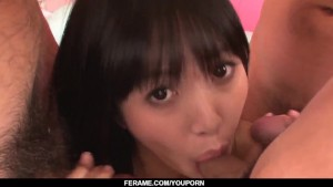 Kotomi Asakura teases with solo before working the cock