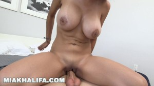 Gofuckagirl emmi taking a shower and getting fucked - 3 part 5