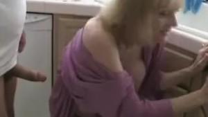 Fuckin Granny In The Kitchen