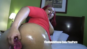 thicke layla red masterbates ass big dildo toys