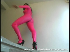 Flexi Cisara in rubber outfit