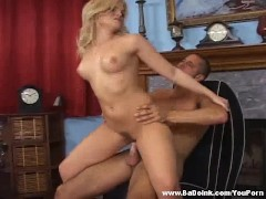 : Gorgeous blonde knows how to work a cock