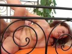 Chubby older lady gets nailed - ANT Studio