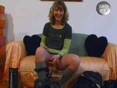 Amateur girl pees and plays with her pussy - Venality Productions