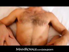 ManRoyale Hairy stud wakes up to great blow job