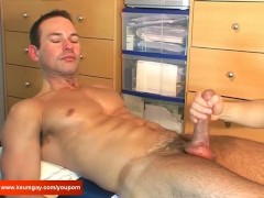 A very sexy sport guy (marc) gets wanked his very huge cock by a guy until jerk-off !