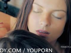 Three beautiful babes give teasing pleasure