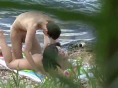 Voyeur caught hard beach sex