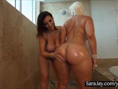 Bathtime Booty with Sexy Sara Jay