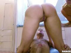 Stepsisters Mia Malkova and Bailey Brooke Like to Share Big Cock
