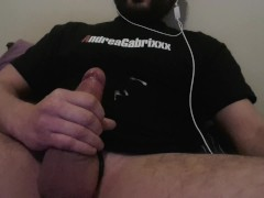 BIG CUMSHOT, DIDN T SEE THAT COMING...I CAN T STOP LOOKING AT ITS BULGE.....avi