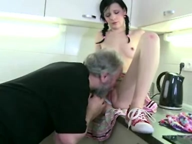 sexy girls strip dance nude
