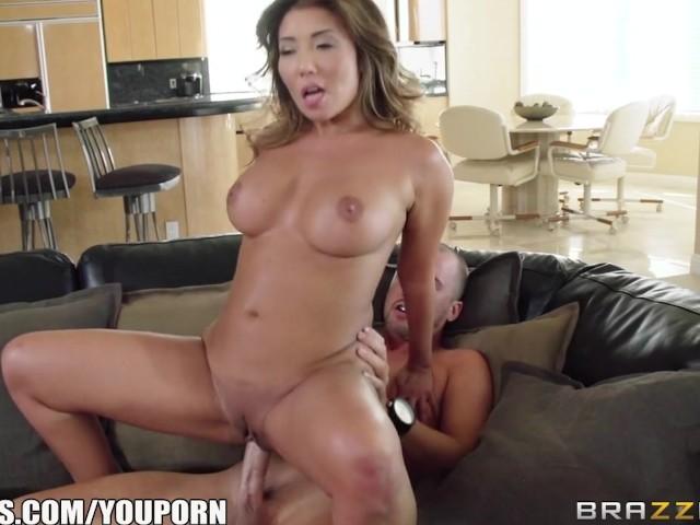Brazzers - Sexy Asian Milf Akira Lane Needs Some Cheering -3268