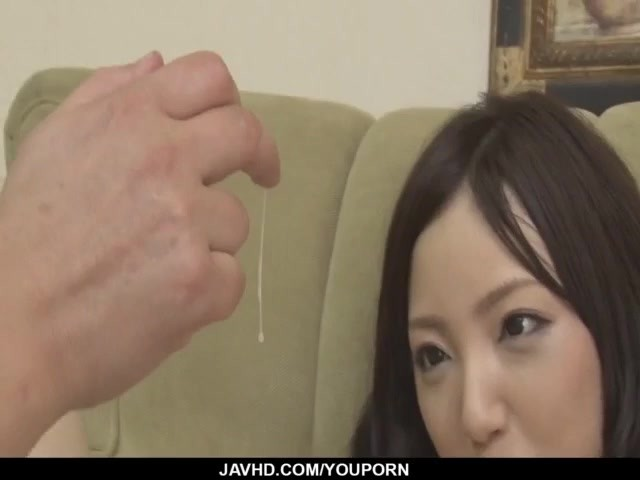 Ayane Okura Spreads Legs for Her Man to Smack the Pussy