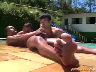 Nice poolside threesome