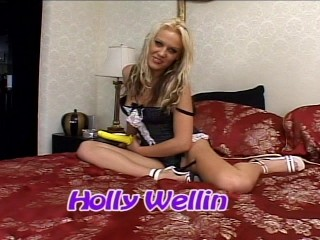 Holly Wellin and her dildo