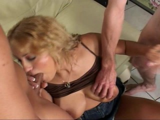 Hot Chick Fucked by Two Dicks - World planet-mk
