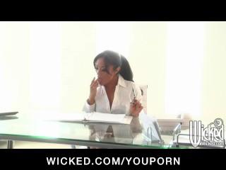 Pornstars Kaylani & Tori Black - hot lesbians in o