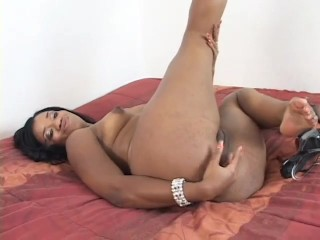 Black babe gets a huge load to the face - Un-Plugged