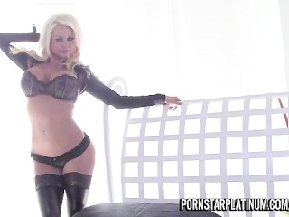 Nikita Fucks Billy Glide