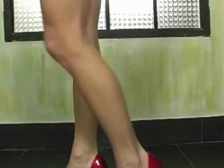 Hot blonde Adriana Malkova masturbates on cam only at GalleryMagazine