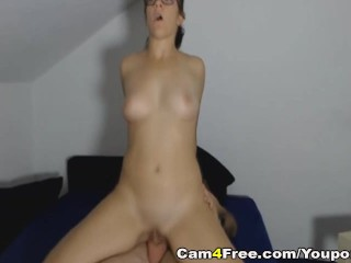 Nerdy Babe Get Pussy Fuck While Using Vibrator