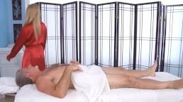 Big Tit Blonde Lexi...