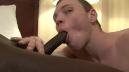 White guy deepthroating bbc...