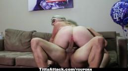 TittyAttack - Busty Sunny Hart...