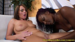 Lesbian Babes Toy Fuck...