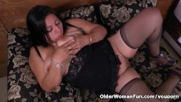 Latina milf Laura has...